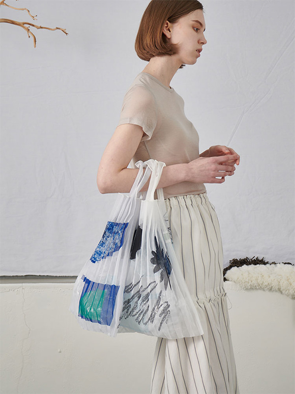 SHAPE GRAPHIC BAG_SKYBLUE
